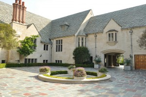 photo of Greystone Mansion by XWL, used under a Creative Commons license.