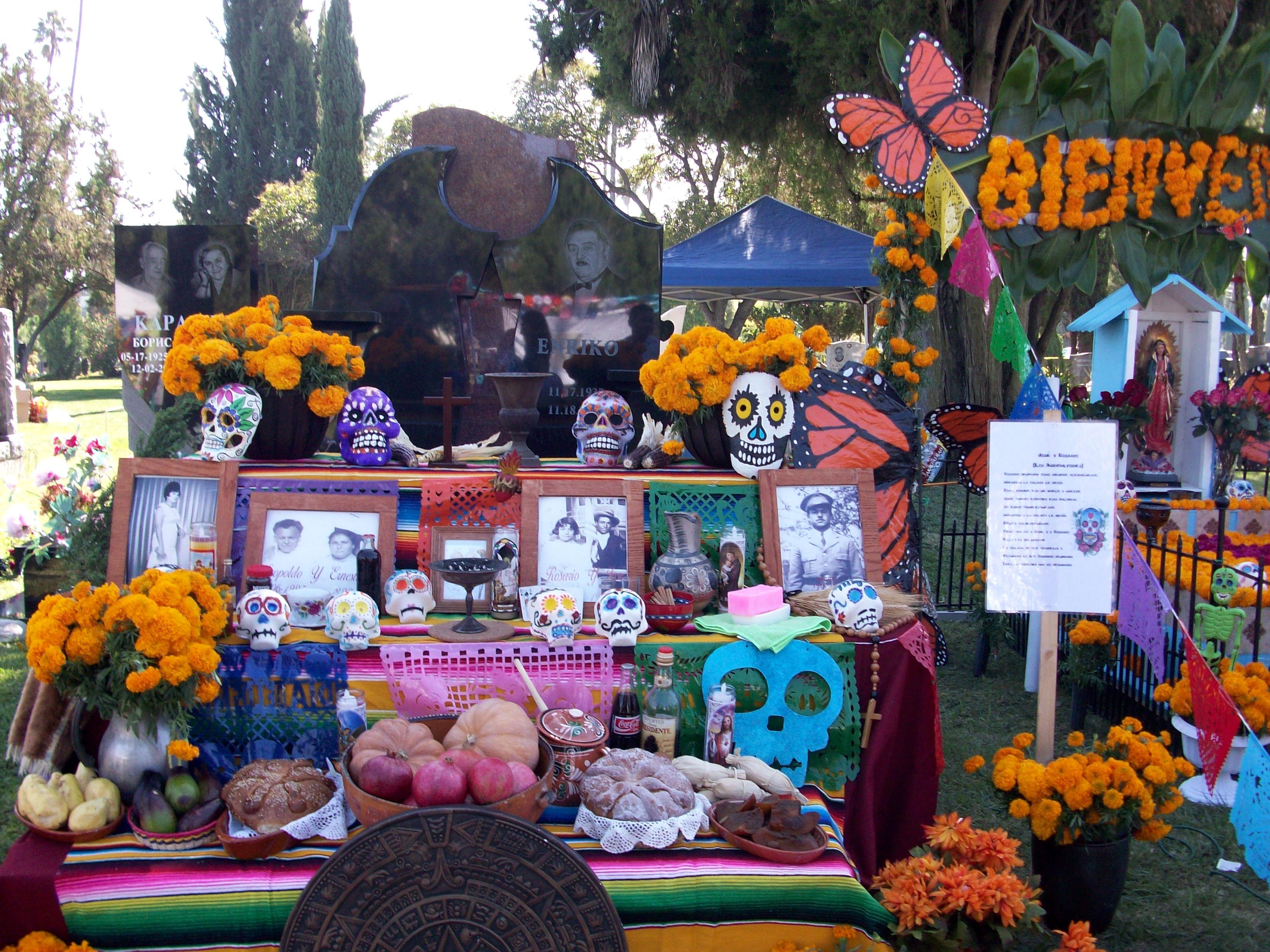 Altar.HollywoodForever2011