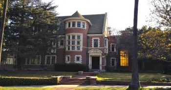 The Rosenheim Mansion is the centerpiece of American Horror Story. Photo by Alissa Walker, used under a Creative Commons license.