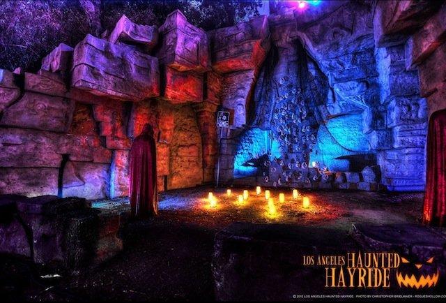 Halloween in LA - Page 4 La-s-most-nightmarish-halloween-attractions