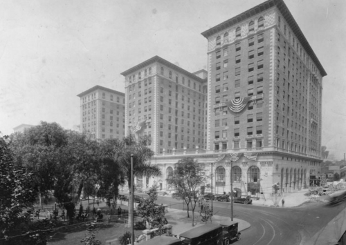 Biltmore Hotel – 506 S Grand Ave, Los Angeles, CA 90071