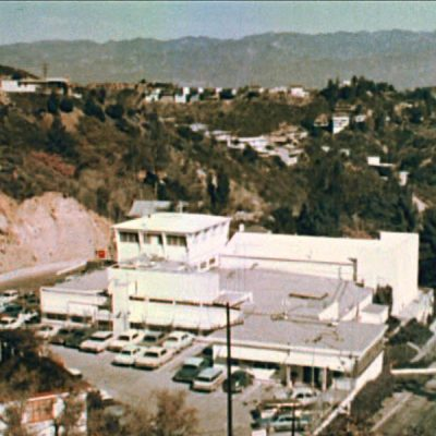 United_States_Air_Force_Lookout_Mountain_Laboratory_from_above_in_color